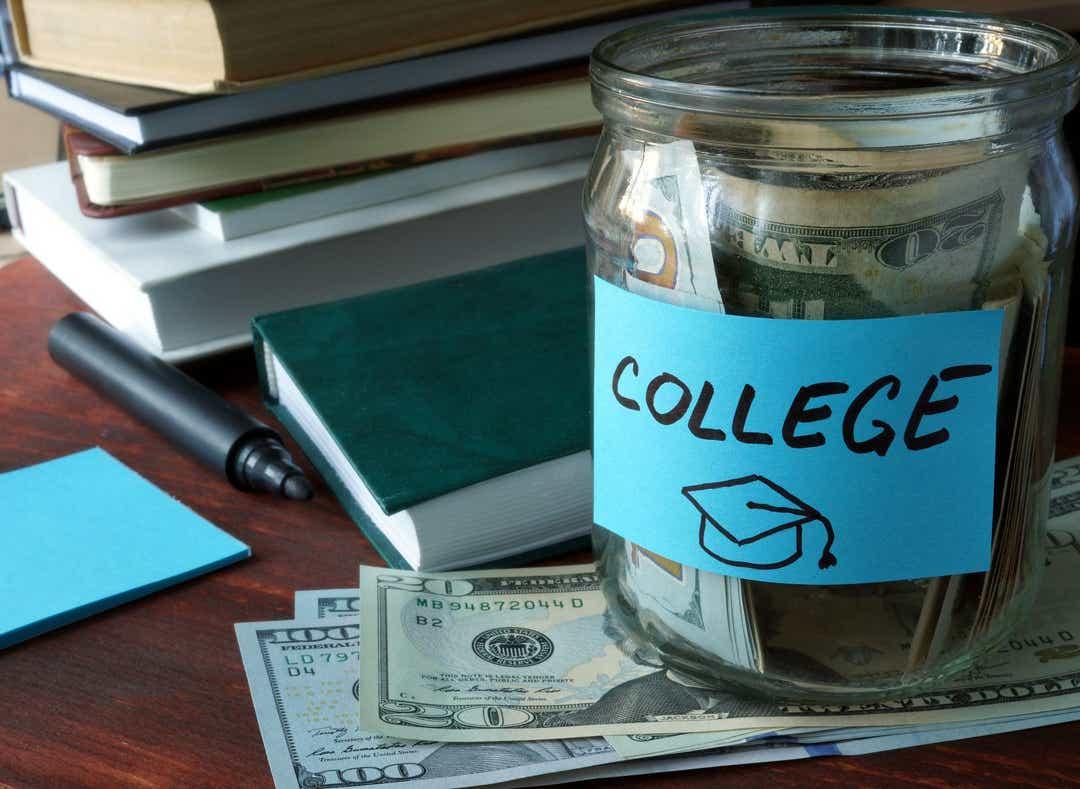 El crowdfunding es exclusivo para recaudar dinero para su educación universitaria